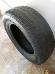"""Vendo um pneu aro 17-225/ 65.aR17. 102 T.M+ S marca BRIDGESTONE""""."""