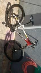 Mountain Bike Schwinn aro 26
