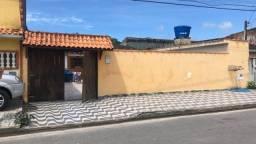 Casa com piscina e edícula em Mongaguá