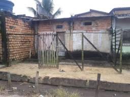 Uma casa situada na rua principal decouvilhe passagem da feira preço 10.000