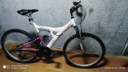Bicicleta 21 Marchas Track TB200