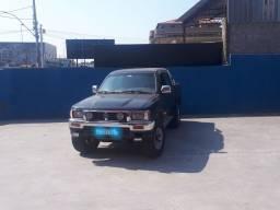Título do anúncio: Hilux sr5 2.8 2001 4x4 Diesel