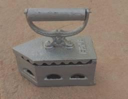 Ferro antigo Gama