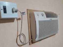 Título do anúncio: Ar condicionado Consul classe A 7500 de parede (entrego)