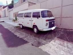 Título do anúncio: Kombi 2012 com 4 pneu cargueiro zero em dias no meu nome  Ac carro e moto