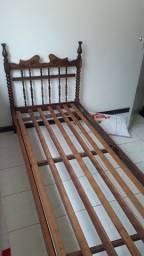Vendo cama, madeira de jacaranda