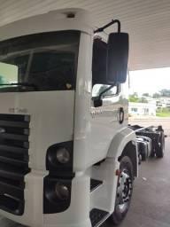 Vendo caminhão único dono