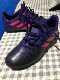 Título do anúncio: Chuteira de Futsal Adidas Original