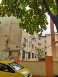 Tomas Coelho  apartamento  térreo,  sala, 02 quartos e garagem
