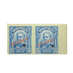 Título do anúncio: vendo um par de selo antigo regular espécimen novo