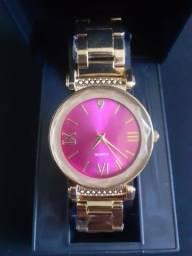Relógio Feminino Dourado Fundo Rosa