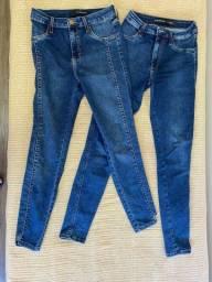 Título do anúncio: Duas calças DAMYLLER quase novas
