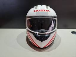 Capacete Honda fechado