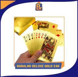 Título do anúncio: Baralho Deluxe Dólar Dourado e Prata