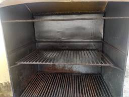 Churrasqueira apropriada para vendas de galeto e outos tipos de carnes