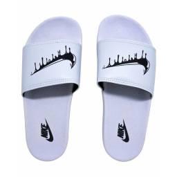 Slide da Nike