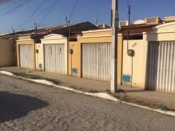 Casa com 2 dormitórios para alugar, 135 m² por R$ 459,00/mês - Maracanaú - Maracanaú/CE