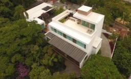 Casa alto padrão em Balneário Camboriú - Com Orquidário e uma vista Fantástica