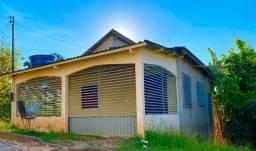 Vende-se uma casa em Brasiléia