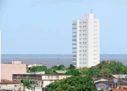 Apartamento com moveis planejados Ed. Brunswick frente para o Rio Amazonas