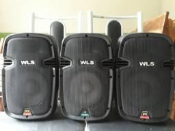 Tres caixas de som de 80 Wats em excelente estado de conservação