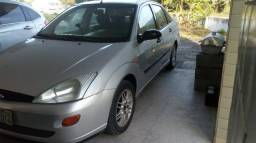 Focus Sedan Completo + GNV - 2003