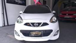 Nissan March 1.6 Rio 2016 edição limitada - 2016