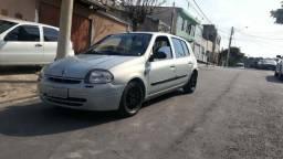 Clio 1.0 2001 8v - 2001