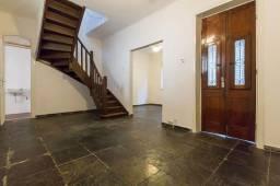 Excelente casa duplex de 3 qts na Rua Uruguai, reformada