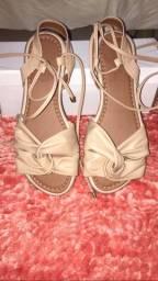 Sandália de amarra super confortável