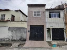 Casa Duplex próx. Av. Independência com 2 dormitórios à venda, 70 m² por R$ 190.000 - Quin