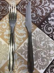 Garfos e facas restaurante