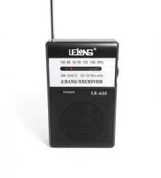 7708 - Radio de Bolso Am Fm Dourado LE-650 - Fone de ouvido
