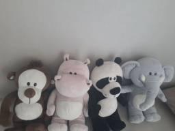 Coleção ursos de pelúcia