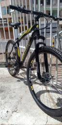 Bike Aro 29 com um mês de uso