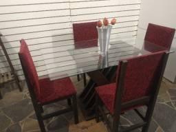 Título do anúncio: Mesa vidro grosso 1,30x80 + 4 cadeiras estofadas veludo