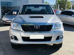 Toyota Hilux CD 4X4 SRV Prata