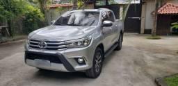 Toyota Hilux blindada única dona diesel