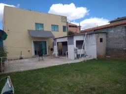 Título do anúncio: (Alugo) casa região central de Lagoa Santa