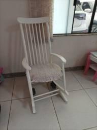 Título do anúncio: Cadeira de amamentação