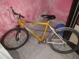 Bicicleta no valor de $400,00