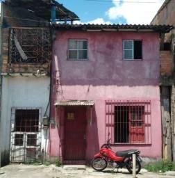 Título do anúncio: Casa na alferes Costa n'13, com canal São Joaquim, e passagem Belém