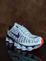 Nike 12 molais