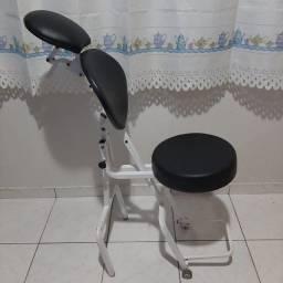 Título do anúncio: Cadeira de designer de sobrancelha