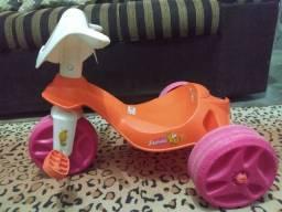 Triciclo infantil - Menina