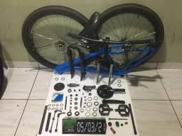 Vendo bike aro 29 amortecedor com trava