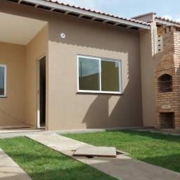 Casa Plana Com 03 Quartos Próximo  A Messejana