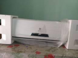 Vendo Conde. de ar tipo SPLIT Electro Lux 9000 BTU/h novo na caixa 1.300,00