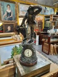 Relogio Bronze Lá Sauvateur R$ 7.680,00