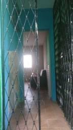 Apartamento dois quartos em Jd. Maranguape